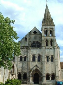 Saint-Leu-d'Esserent - Ancienne abbatiale Saint-Leu: Façade