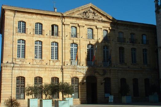 Saint-Maximin-la-Sainte-Baume - Hôtel de ville