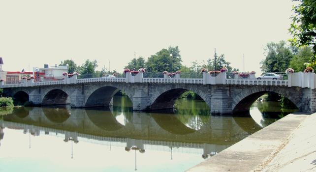 Saint-Pourçain-sur-Sioule - Pont Charles de Gaulle