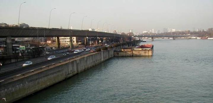 Autoroute A13.Viaduc de Saint-Cloud et pont sur la Seine