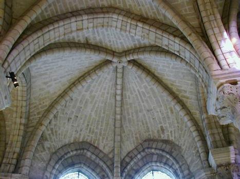 Abteikirche Saint-Denis. Gewölbe in den Kapellen von Suger