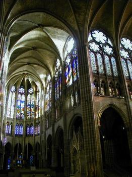 Abteikirche Saint-Denis. Chor und südliches Querschiff