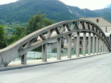 Modane - Pont de Loutraz, à côté de la Rizière des Alpes (Centre d'exposition Lyon-Turin-ferroviaire)
