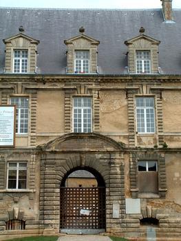 Sedan - Château Bas - Entrée