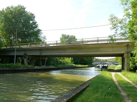 Viaduc de Moret-sur-Loing - Franchissement du canal du Loing