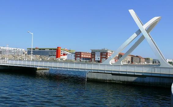 Pont des Docks