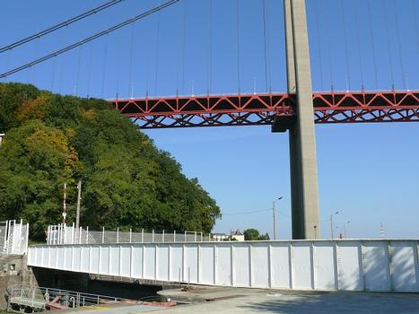 Drehbrücke über den Kanal von Tancarville & Tancarville-Brücke