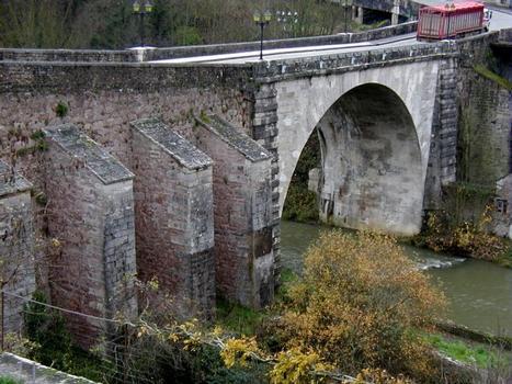 Pont Joly, Semur-en-Auxois