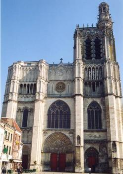 Cathédrale Saint-Etienne de Sens Façade occidentale