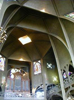 Eglise Saint-Jean-de-Montmartre.Intérieur et voûtes
