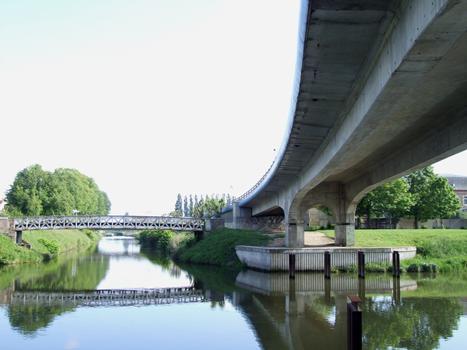 Viaduc d'Abbeville (CD928, prolongement du boulevard Voltaire) et le pont Hocquet