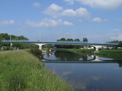 Viaduc d'Abbeville (CD928, prolongement du boulevard Voltaire)