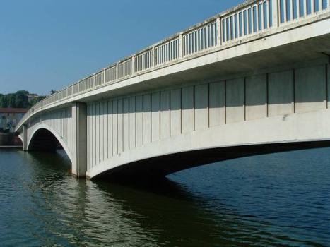 Pont sur le Lot, Saint-Sylvestre-sur-Lot