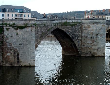 Pont vieux, Terrasson