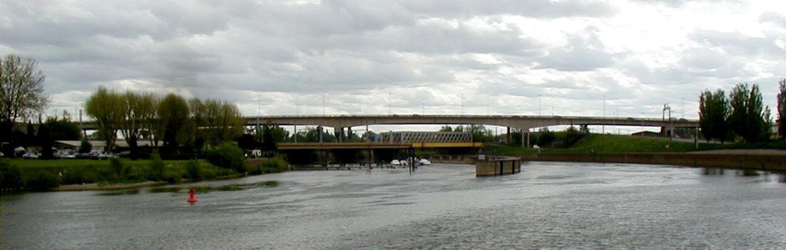 Autoroute A31 – Erster Beauregard-Viadukt in Thionville
