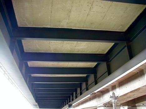 Autoroute A31 – Untersicht des neuen Beauregard-Viaduktes