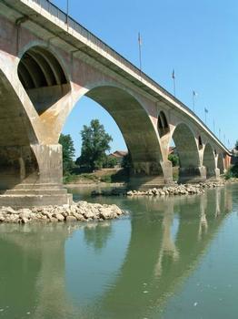 Pont sur la Garonne, Tonneins