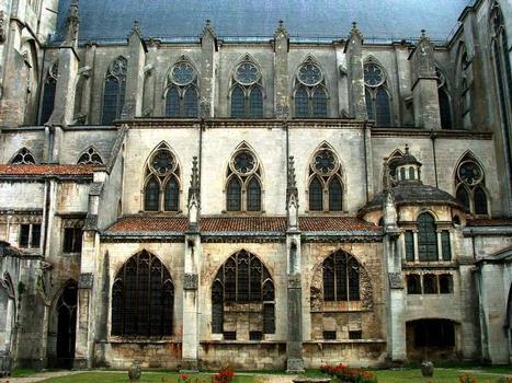 Cathédrale Saint-Etienne, ToulElévation extérieure de la nef