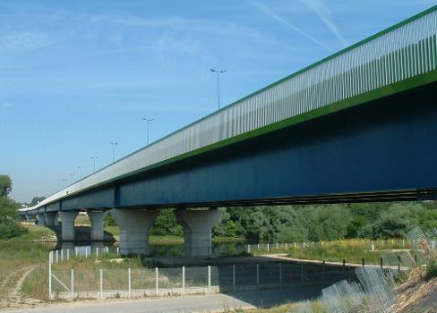 Pont sur la Seine, Triel-sur-Seine Ensemble vu de l'amont