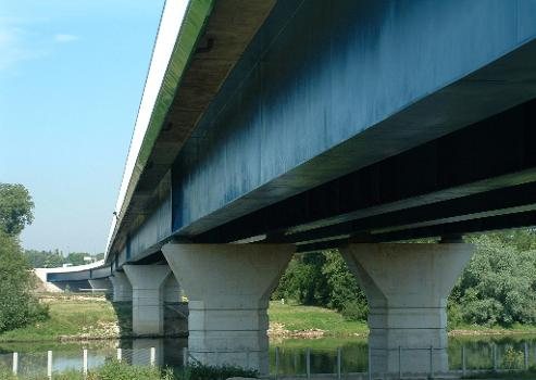 Pont sur la Seine, Triel-sur-Seine Ensemble vu de l'amont rive droite