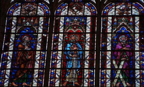 Troyes - Basilique Saint-Urbain - Vitraux représentant les apôtres (fin 13ème siècle restaurés en 1891 par Didron)