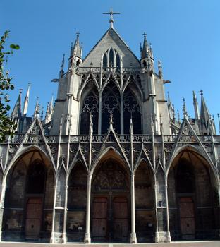 Troyes - Basilique Saint-Urbain - Portail de la façade