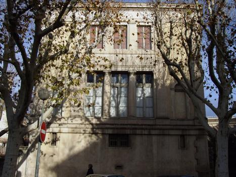 Carpentras - Bibliothèque Inguimbertine - Bâtiment sur le boulevard Albin-Durand