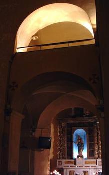 Ancienne Cathédrale de la Nativité-de-la-Vierge de Vence Bas-côté Sud, tribune et chapelle