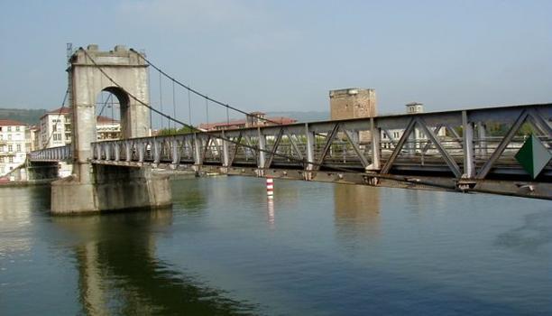 Hängebrücke in Vienne.