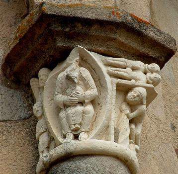 Vigeois (Corrèze) - Ancienne abbatiale Saint-Pierre - Chevet - Chapiteau «Le jeune Tobie»