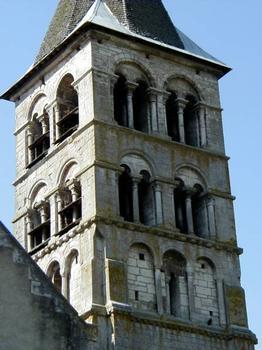 Eglise Saint-Etienne, Vignory. Tour