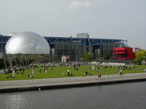 Parc de la VilletteCanal de l'Ourcq, Géode