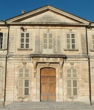 Viviers - Hôtel de ville (ancien Evêché) - Façade sur cour - Avant-corps central
