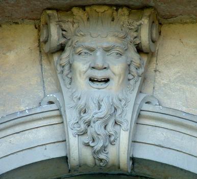 Hôtel de ville, Viviers.