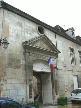 Avallon - Ancien hôtel de Condé