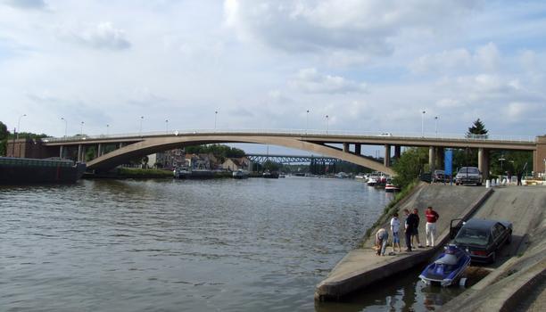 Strassenbrücke und Eiffelbrücke in Conflans