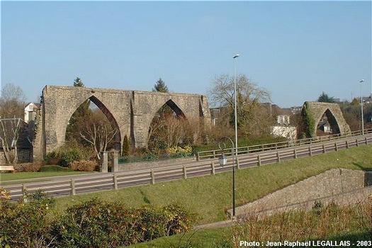 Aquädukt bei Coutances