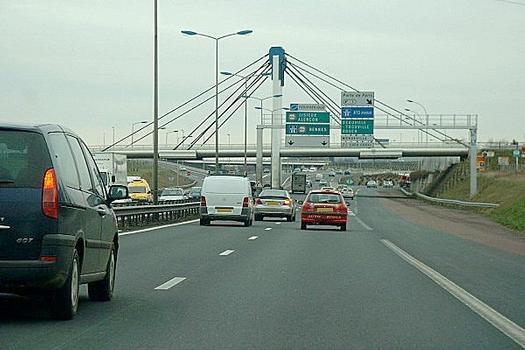 Autobahnüberführung Porte de Paris