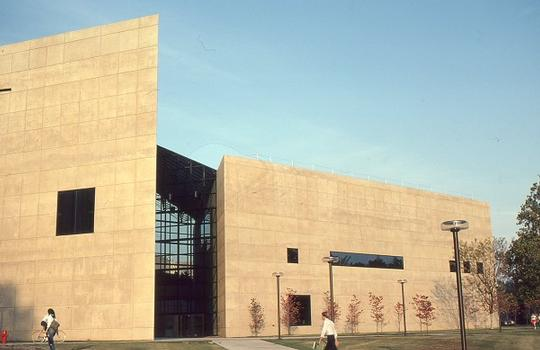 Indiana University Arts Museum and Academic Building