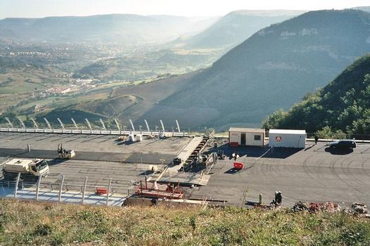 Viaduc de MillauCulée sud joint de dilatation en cours de montage