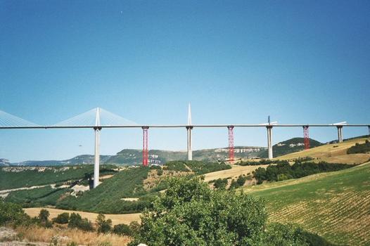 Viaduc de Millau.  Vue d'ensemble P3 à P6