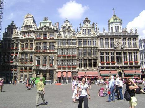 Les façades des maisons baroques de la Grand Place de Bruxelles