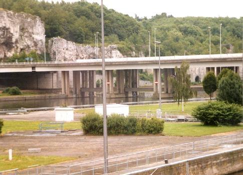 Pont des Grands-Malades, Namur, Belgien, über die Maas