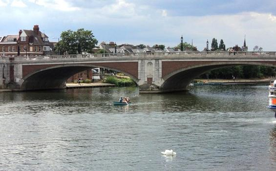 Hampton Court Bridge