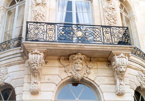 Détail de la façade arrière de l'hôtel de Matignon (Paris 7e)