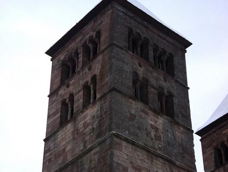 L'église abbatiale St Léger, à Murbach (Haut-Rhin) ne conserve que son choeur et son transept