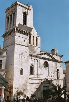 Nîmes Cathedral.