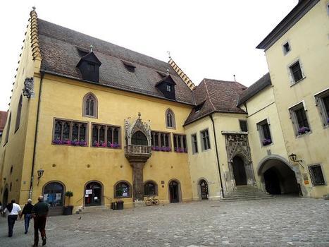 L'hôtel de ville de Ratisbonne (Bavière)