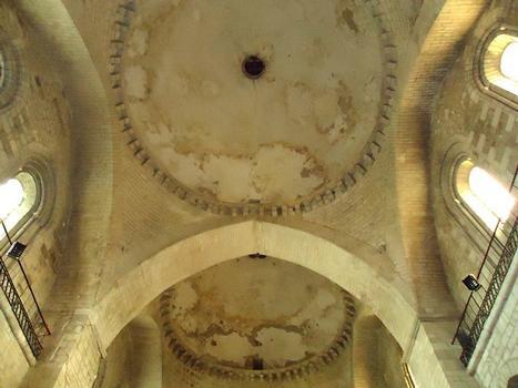 L'intérieur de l'abbatiale Sainte Marie de Souillac