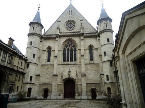 La façade de l'église Saint-Nicolas-des-Champs (Paris 3e)